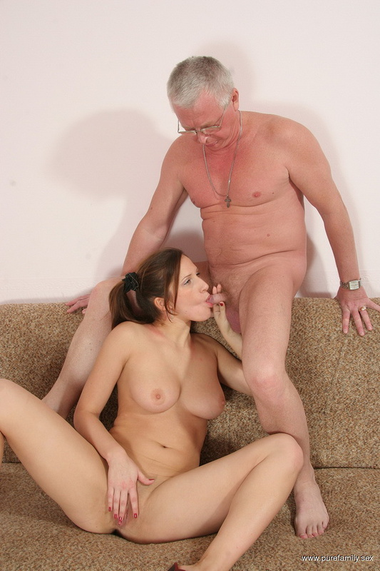 Dominant Woman Pussy Licking